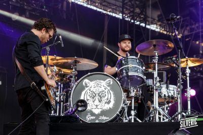 2015-07-03-eurocks-j1-royal-blood2